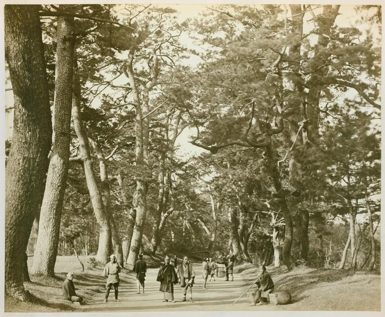Felice Beato,《東海道景觀》,1870-1879。蛋白相紙。(紐約公共圖書館藏)