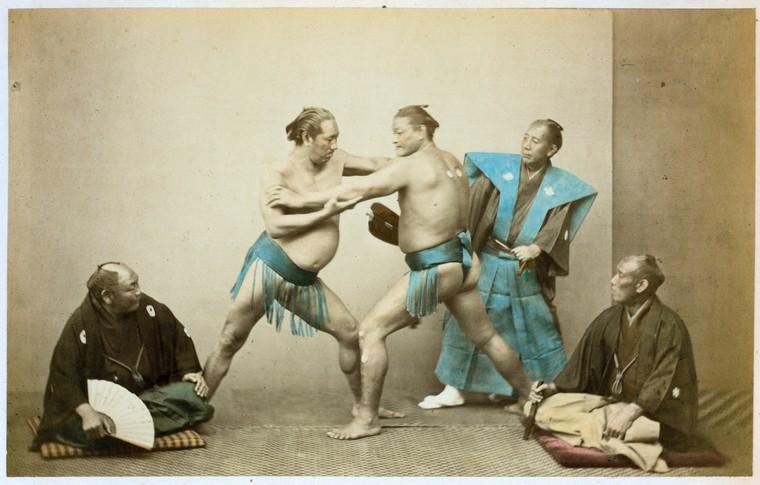 日本手工上色蛋白照片中的相撲攝影